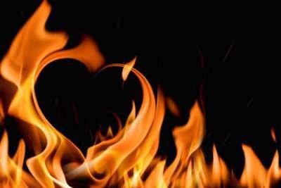 Heart in Flames__1416390999_212.67.122.150